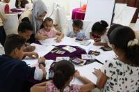 """""""أنا إنسان"""" تقيم ورشة في الدعم النفسي وتدشن مشروع الحقيبة والزي المدرسي بـ#العاصمة_عدن"""