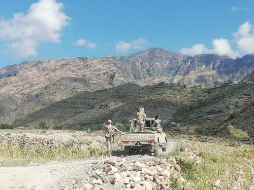 """قوات اللواء العاشر صاعقة تتصدى لهجوم حوثي بجبهة """"حبيل حنش ماوية"""""""