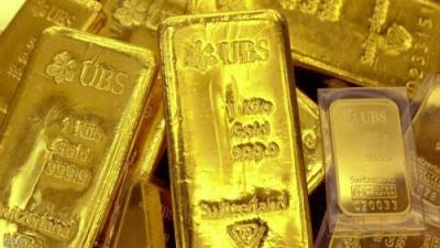 الذهب يهبط لأدنى مستوى في 3 أشهر