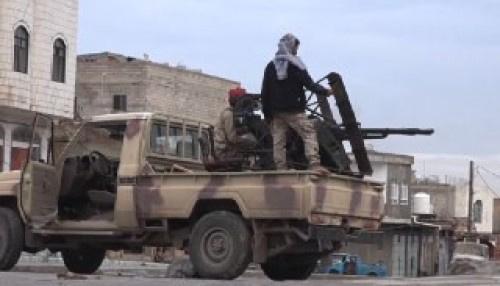 #تعز.. تحقيقات عسكرية في بيع ألوية عسكرية تابعة لحزب الإصلاح 8 أطقم للحوثي