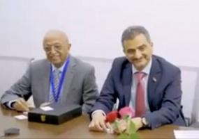 محافظ عدن يُعزي في رحيل الهامة الدبلوماسية الدكتور عبدالعزيز الدالي