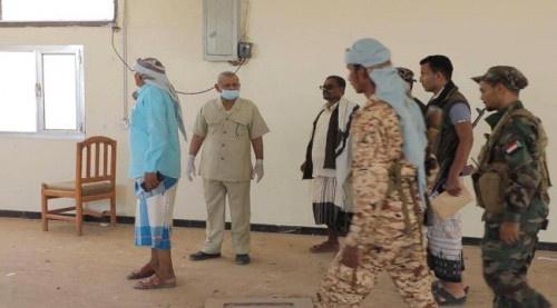 مستشار الرئيس الزُبيدي يتفقد معهد تأهيل قادة القوات البرية في صلاح الدين