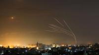 قصف إسرائيلي مكثف على غزة والجيش يعلن التوغل في القطاع