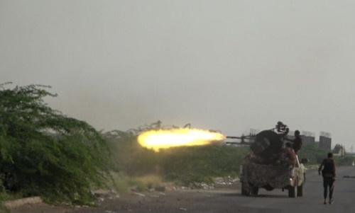 بضربات حاسمة.. القوات المشتركة ترد على مصادر نيران حوثية بالحديدة
