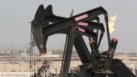 النفط يقترب من 75 دولارا ويسجل ذروة عدة أعوام