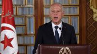 مستشار الرئيس التونسي: هناك اتجاه لتغيير النظام السياسي وربما عبر استفتاء